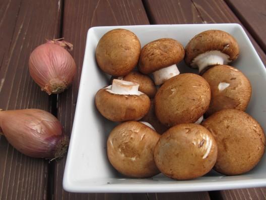 Cremini mushrooms & shallots