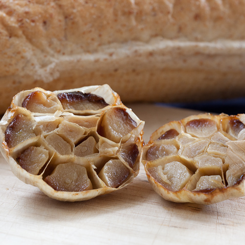 Roasted Garlic – amp up the flavor of sauces, spreads, and countless ...