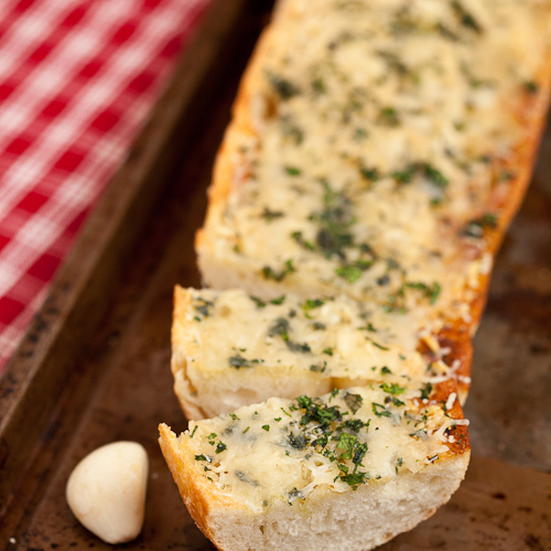 Easy Cheesey Garlic Bread 2