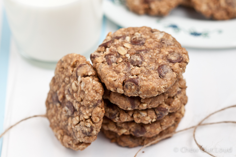Chewy Oatmeal Chocolate Cookies 4